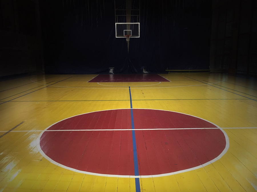 Basketball Court Flooring Choices To Consider Before A Big Game